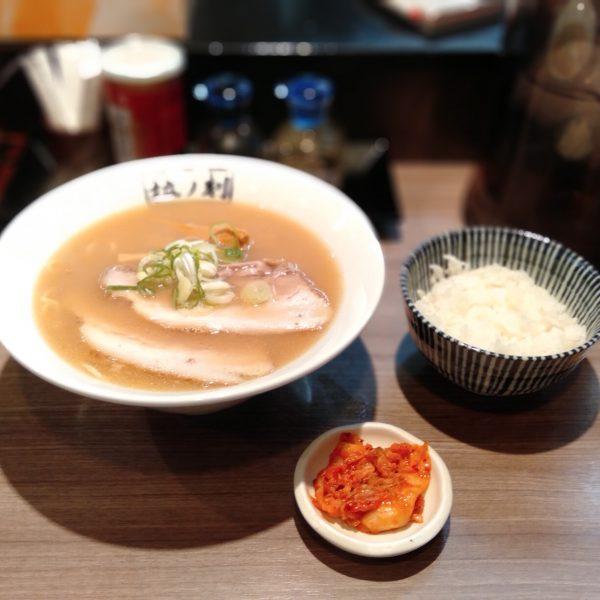 本陣-拉ノ刻-醤油ラーメン2