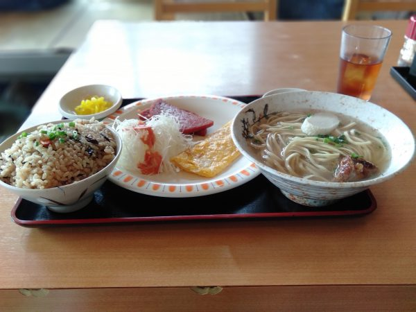 名護-伊差川食堂-そば定食-0923